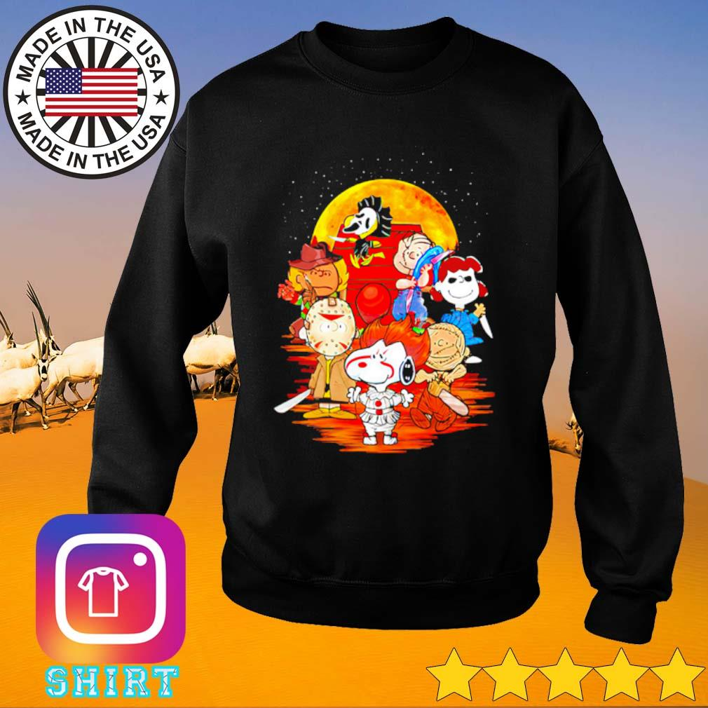The Peanuts Snoopy and Friends Horror face on the moon s Sweater black